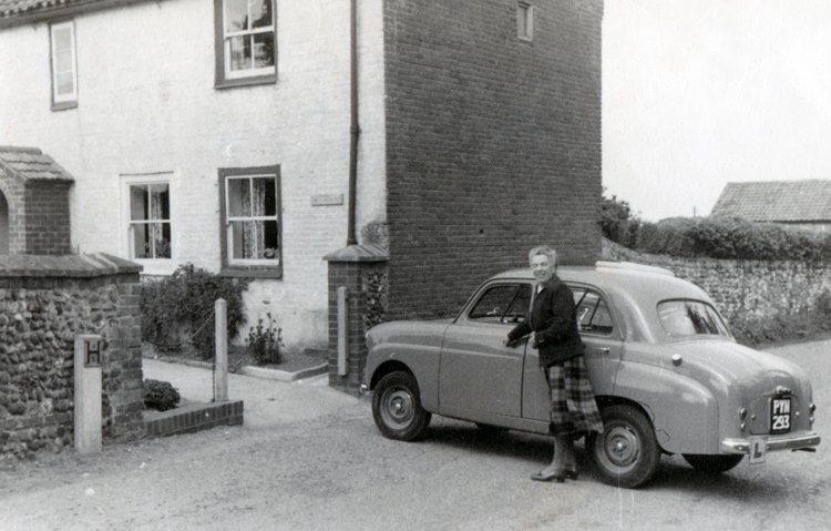 Mildred Standard 8 outside the Farmers Cottage Norfolk 1955 WEB