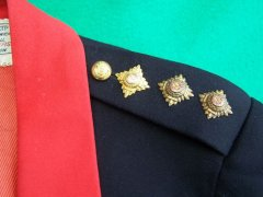 United_Kingdom_-_British_Indian_Army_Ordnance_Corps_-_British_IAOC_Officer_Named_Captain_1929_Mess_Uniform_-_1929_9.jpg