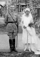 Granny--Grandpa-H-Wedding-1926-cropBW-WEB.jpg