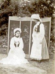 11a-Aunt-Marianne-Nellie-Vidier-in-fancy-dressComp.jpg