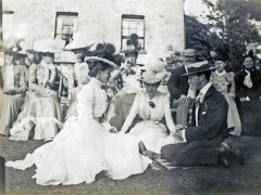 13b-Monas-Wedding-Bramshall-1900Comp.jpg