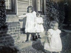23b-Elaine-Dorothy-GladysComp.jpg