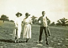 Hooke brother and sisters; Trixie, Mildred and Cyril 1924. Cyril was back in England between tours of duty in India.