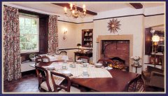 Lee-House-Farm-Dining-Room-Postcard-2-WEB.jpg
