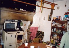 Lee-House-Kitchen-15-09-1991-WEB.jpg